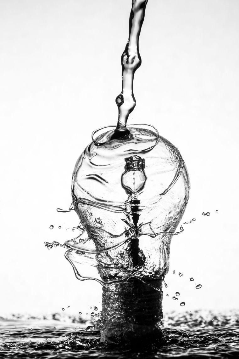 Strom aus Wasser_unsplash