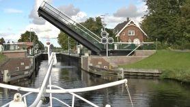 Zugbruecke Ems-Jade-Kanal Durchfahrt
