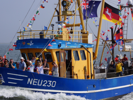 Regatta-der-Krabbenkutter NEU230