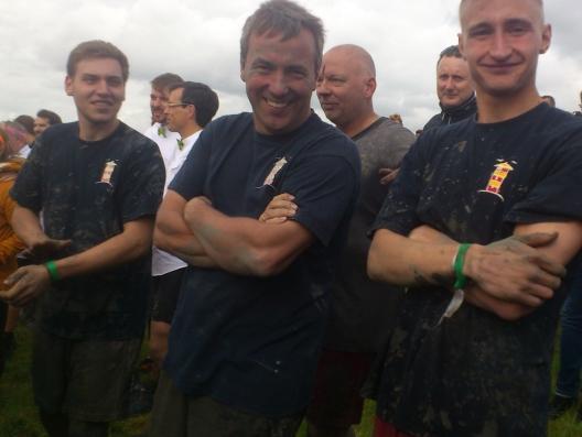 Team Rathaus in Siegerpose