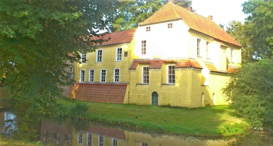 Die Alte Burg (Manningaburg).