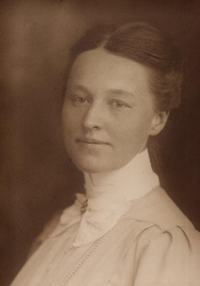 Hermine_Heusler-Edenhuizen um 1908