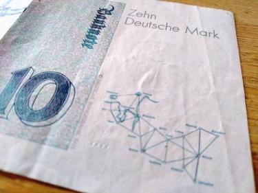 Zehn Deutsche Mark Triangulation